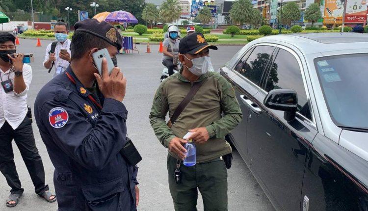 一军官开豪车带3名中国人跨区流动被捕2