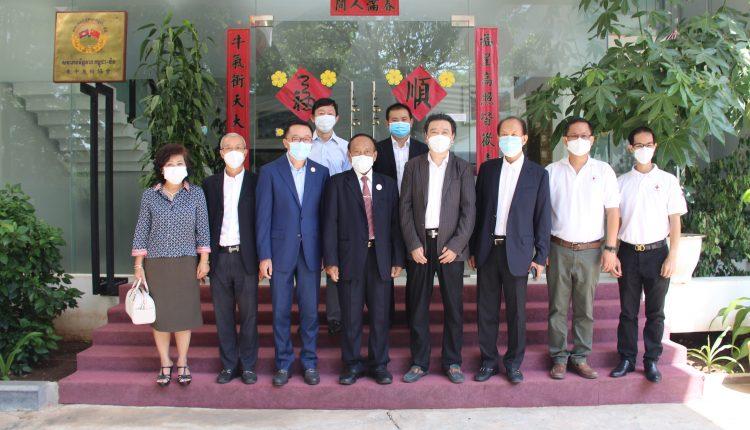 多个社团、企业向柬中友协捐赠防疫物资 (3)
