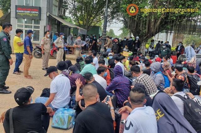 106名越南人被驱逐出境