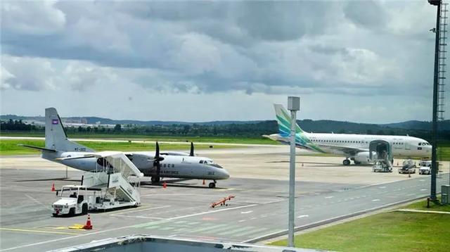 西港国际机场