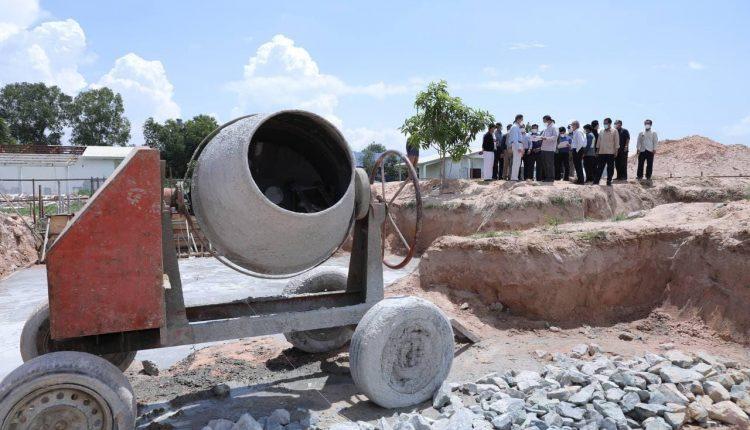 柬埔寨首家沥青混凝土厂将亮相白马