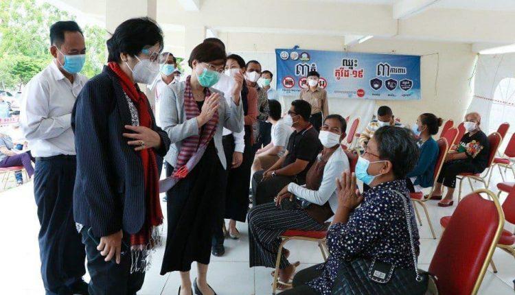 全国疫苗接种委员会主席奥婉丁女士 (2)