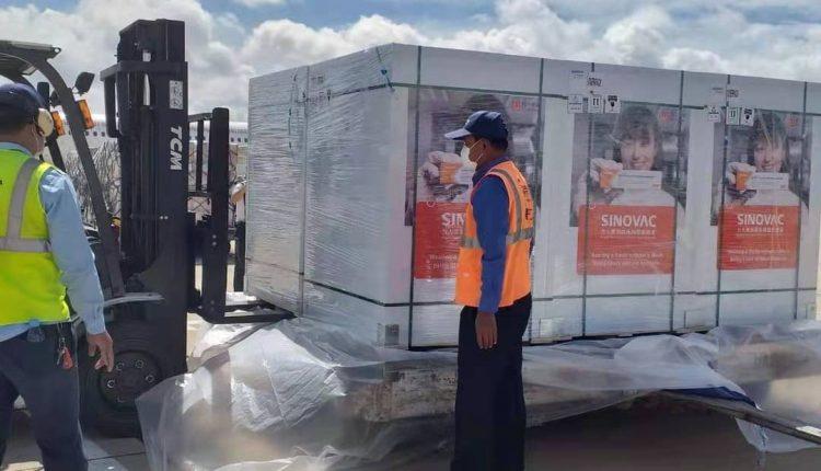 中国援柬新一批100万剂疫苗即将运抵