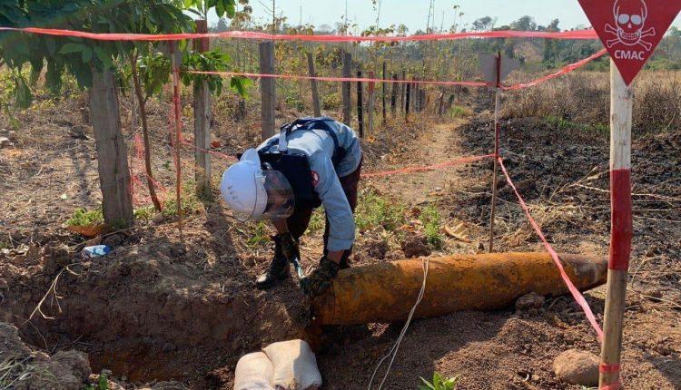 中国援柬250万美元支持排雷行动