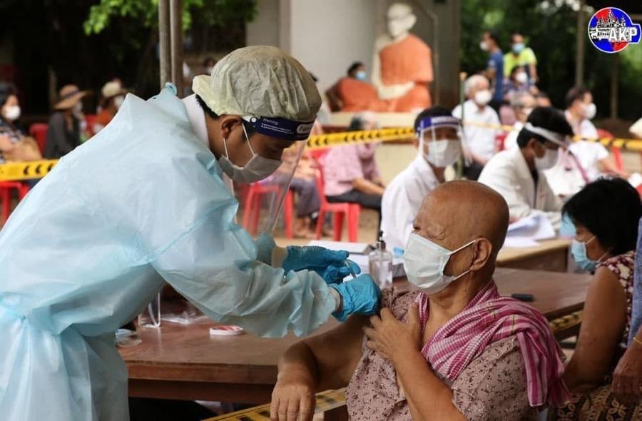 全国新冠疫苗接种率超75%