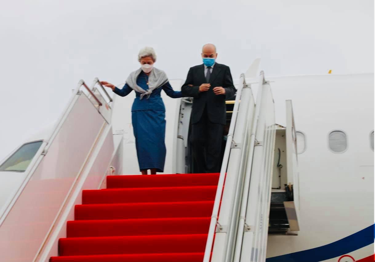 国王国母结束中国行返回金边